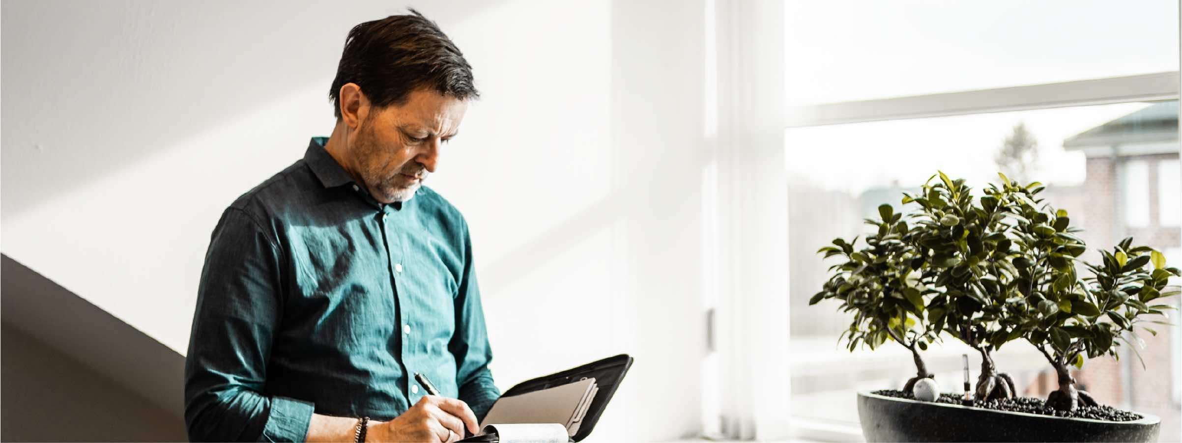 Med Valeur Akademi kan jeres medarbejdere få viden og træning inden for mødebooking og kundeservice, og dermed booste jeres salg og kundeoplevelser.