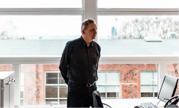 Valeurs konsulent Erik. Vi har mere end 27 års erfaring med mødebooking og telemarketing, og er den rette samarbejdspartner til at åbne nye døre for dine virksomhed.